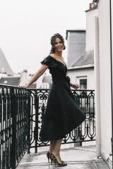 Un vestido negro siempre es un básico que hay que tener en el armario 0ad3a9a981c40